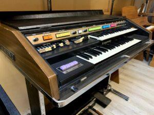 Hammond B200 + Leslie 715_2