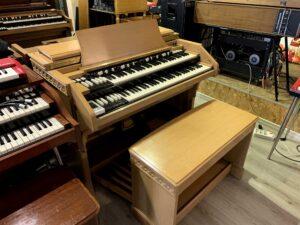Hammond C3 Quadrifoglio Oak_2