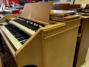 Hammond C3 Quadrifoglio Oak_3