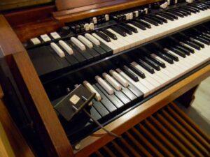 ---Hammond C3 (4)-4