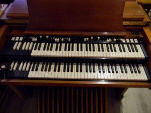 ---Hammond C3 (4)-5