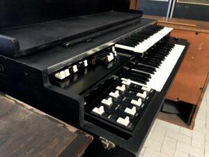 Hammond L100-P_2