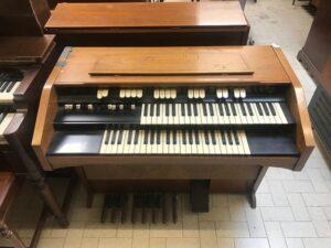 Hammond L122(1)_3