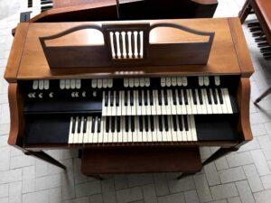 Hammond M-143(1)_4