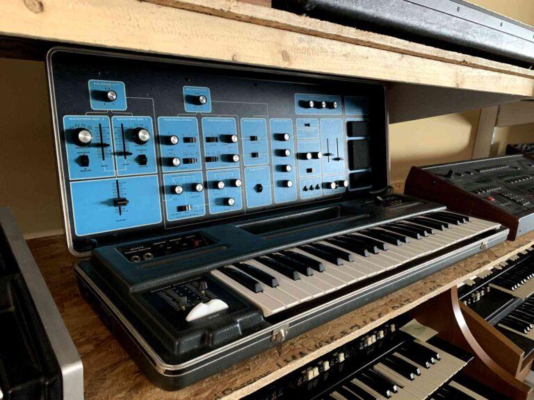 Moog Sonic Six_1