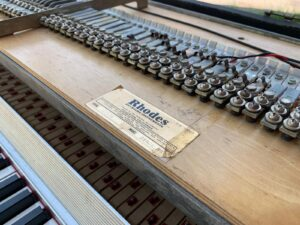 Rhodes Mark 1, 88 tasti_8