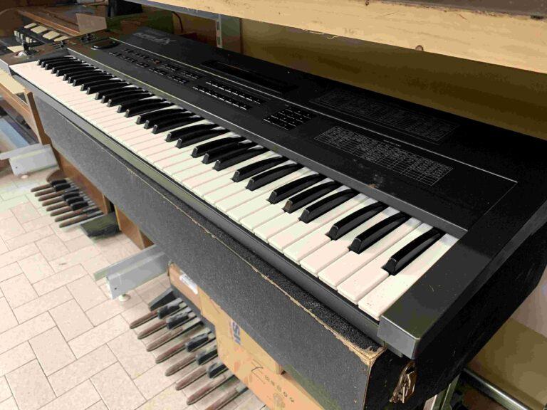 Roland JX10_1
