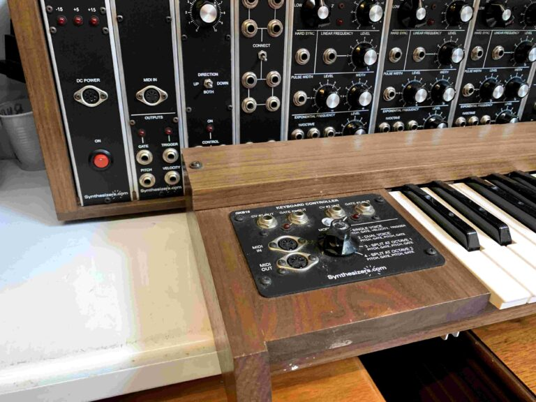 Synthesizer.com Clone Moog Modular_2