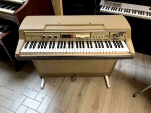 Wurlitzer 207v Teacher + Lavagna_5