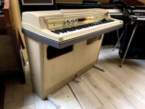 Wurlitzer 207v Teacher + Lavagna_6