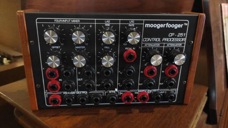 Mooger Fooger CP251_1