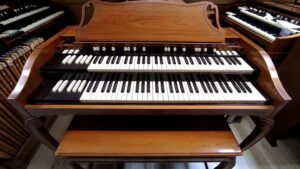 Hammond A102