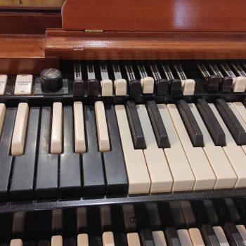 Hammond B3 drawbars