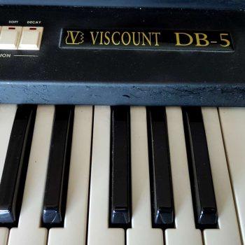 HAMMOND VISCOUNT DB5_4