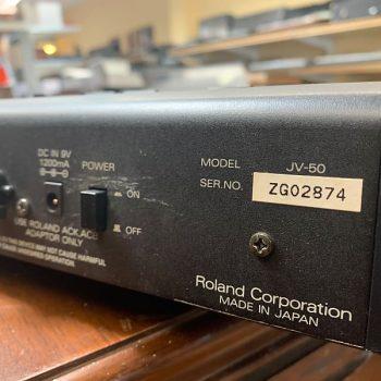 ROLAND JV-50_4